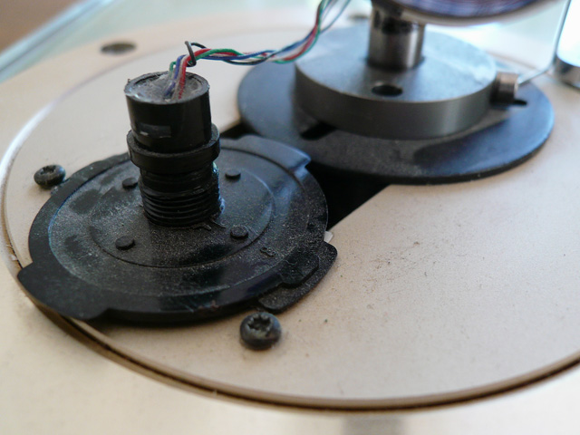 Neuanfertigung einer Tonarmbase 1